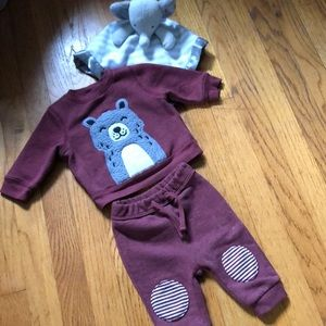 Old Navy Baby Sweatsuit